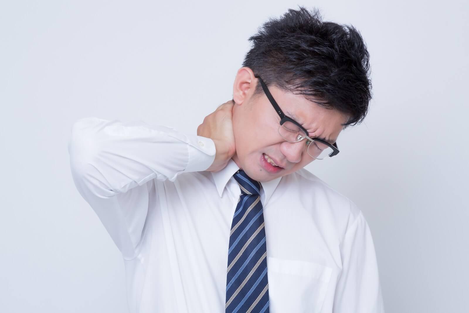 簡単なストレッチで筋肉をほぐして頭痛の予防・緩和を目指す